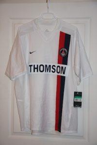 Troisième maillot 2003-04 (collection maillotspsg)