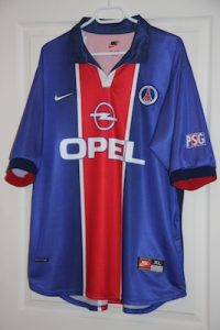 Maillot domicile 1998-99 (version du commerce, collection MaillotsPSG)