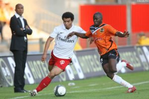 Photo Ch. Gavelle, psg.fr (image en taille d'origine: http://www.psg.fr/fr/Actus/105003/Galeries-Photos#!/fr/2009/1896/20665/match/Lorient-PSG/Lorient-PSG-1-1)