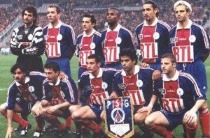 Les Parisiens avant le coup d'envoi:Fernandez, Le Guen, Alerino, Domi, Rabesandratana, Roche, Simone, Gava, Ducrocq, Raï et Maurice