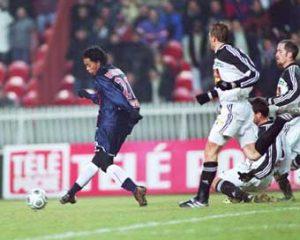 Tir de Ronaldinho