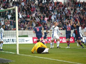 Ouverture du score de Pedro Pauleta!