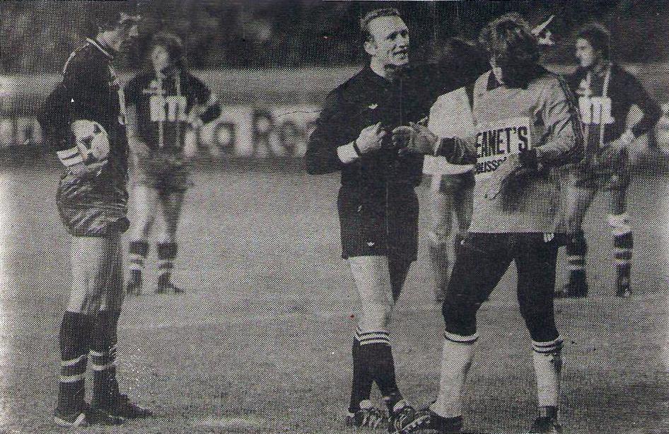 Un des tournant du match: Abel Braga face à Hiard pour une possible égalisation sur penalty...