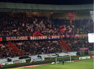 Le Kop de Boulogne à l'entrée des joueurs