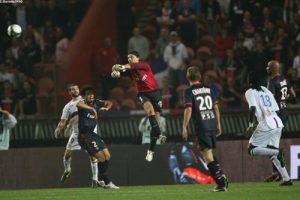Photo Ch. Gavelle, psg.fr (image en taille et qualité d'origine : http://www.psg.fr/fr/Actus/105003/Galeries-Photos#!/fr/2009/1895/20595/match/PSG-Lyon/PSG-Lyon-1-1)
