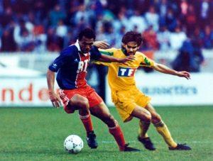 Antoine Kombouaré en duel avec Pedros