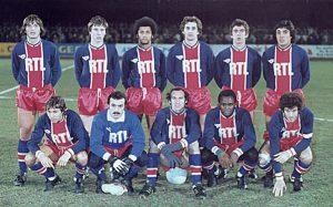L'équipe du PSG avant le coup d'envoi (archives Jac 79)