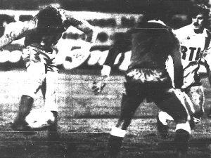 Didier Toffolo assiste impuissant à l'ouverture du score de Nikolic (archives MK)
