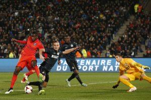 Photo Ch. Gavelle, psg.fr (image en taille et qualité d'origine: http://www.psg.fr/fr/Actus/105003/Galeries-Photos#!/fr/2014/3034/44221/match/Paris-Inter-1-0/Paris-Inter-1-0)