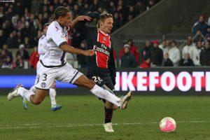 Photo Ch. Gavelle, psg.fr (image en taille et qualité d'origine: http://www.psg.fr/fr/Actus/105003/Galeries-Photos#!/fr/2011/2219/28647/match/PSG-Toulouse/PSG-TFC-3-1)