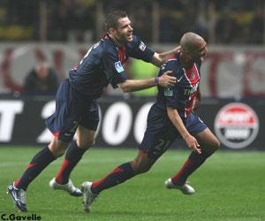 La joie de Paulo Cesar et de Sylvain Armand après le but du premier (Ch. Gavelle)