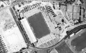 Vue aérienne du stade Vélodrome en travaux