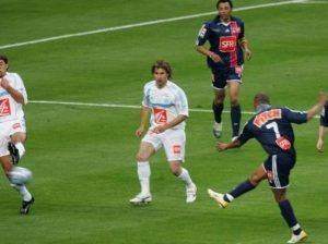 Le -superbe- 1er but, signé Bonaventure Kalou