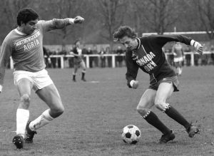 Jean-Pierre Dogliani marquera l'un des quatre buts parisiens (archives MK)