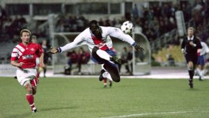 George Weah… acrobatique!