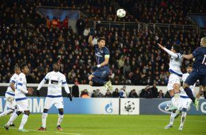 Thiago Silva en plein vol...