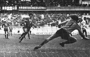 L'ouverture du score, sur penalty, signée Dahleb!