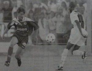 Oumar Dieng face à Laurent (photo G. Baldocchi, source : Corse Football)
