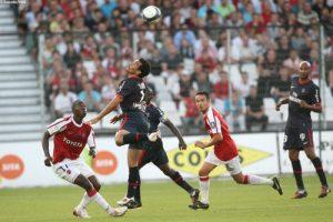 Photo Ch. Gavelle, psg.fr (image en taille et qualité d'origine: http://www.psg.fr/fr/Actus/105003/Galeries-Photos#!/fr/2009/1892/20399/match/Valenciennes-PSG/Valenciennes-PSG-2-3)