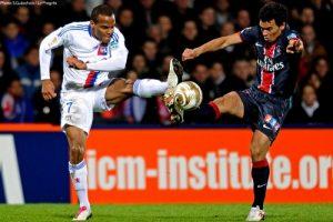 Photo S. Guiochon, psg.fr (image en taille et qualité d'origine: http://www.psg.fr/fr/Actus/105003/Galeries-Photos#!/fr/2010/2117/23869/match/Lyon-PSG/Lyon-PSG)