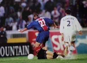 88ème, Bruno Rodriguez dribble Porato et s'en va inscrire le but de la victoire!