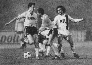 Dominique Rocheteau face à Van Kray et Plessers