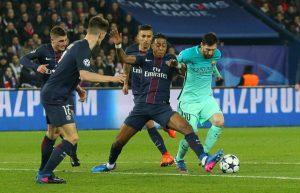 Presnel Kimpembe prend le meilleur sur Messi. Une image qui résume le match parfait du jeune défenseur central !